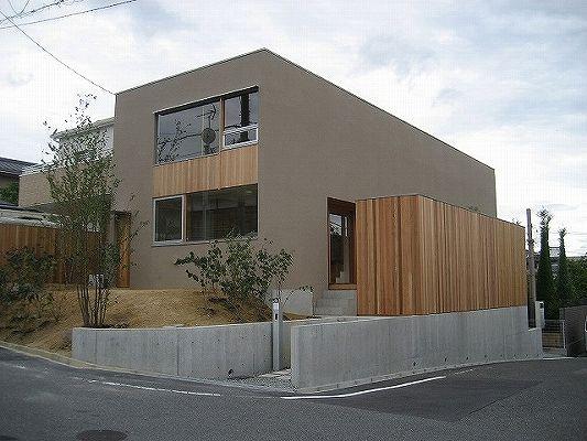 鳥見町の家